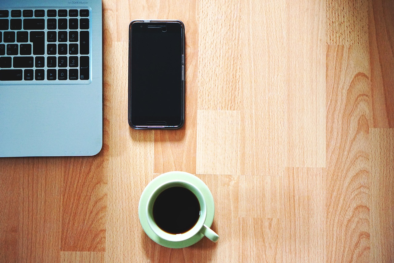 If you work from home, use these 12 crucial tips every day